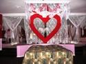 Honeymoon Heart Bed Jacuzzi