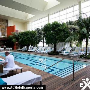 25-water-club-pool-indoor