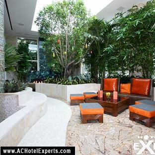 28-water-club-lobby-area