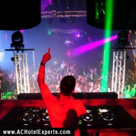 Avicii in DJ Booth in HQ at Revel